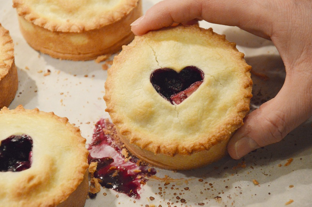 Blueberry & Apple Pie 3