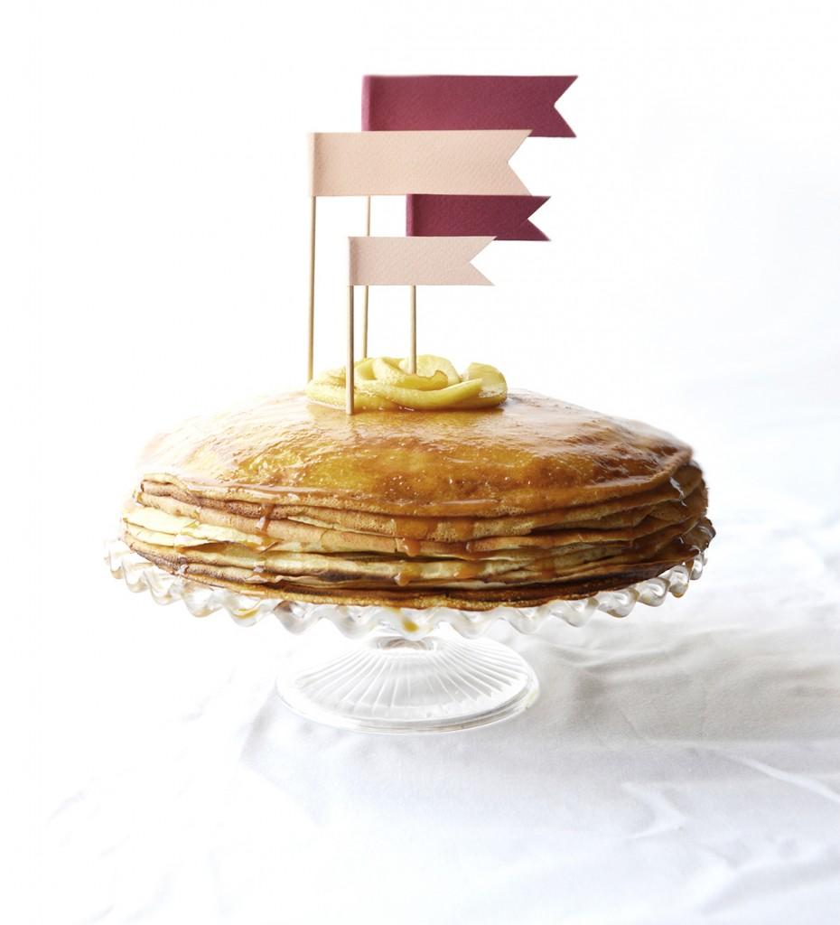 Gâteau de crêpes Pommes et Caramel beurre salé