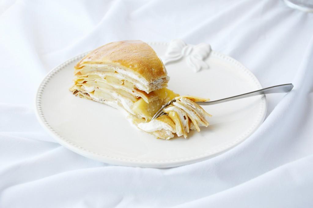 Gâteau de crêpes Pommes - Crème caramel beurre salé