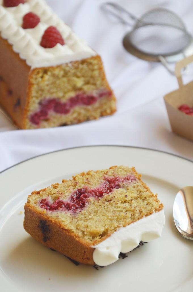 Cake vanille - coeur de framboise