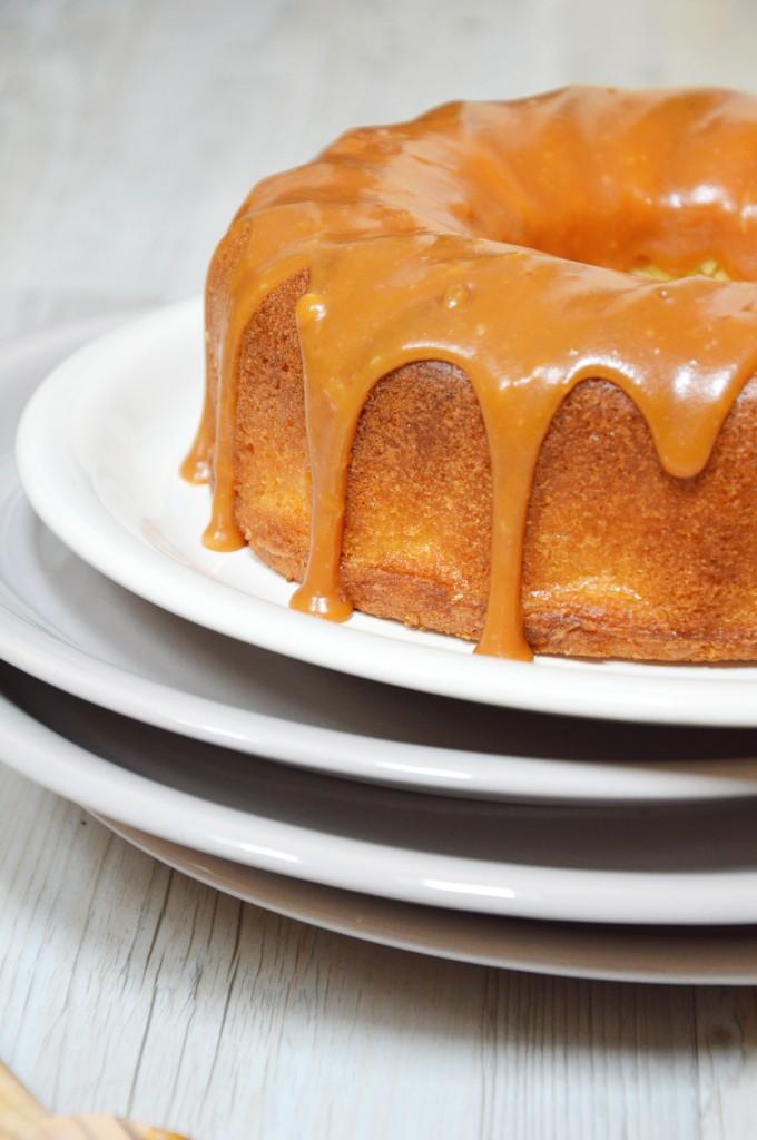 Bundt cake tonka et caramel beurre salé