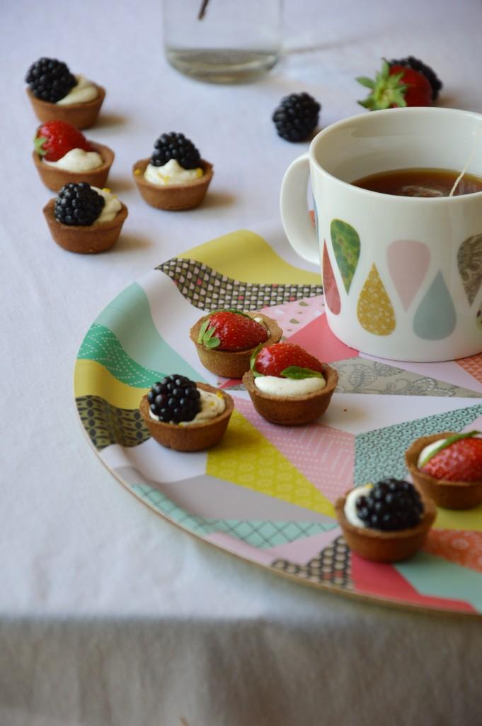 Tartelette mures - fraises / Plus une miette dans l'assiette