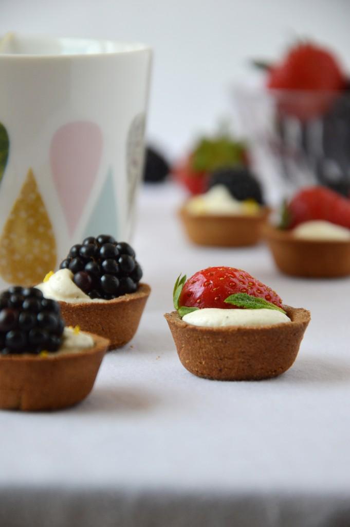 Tartelette mures - fraises // Plus une miette