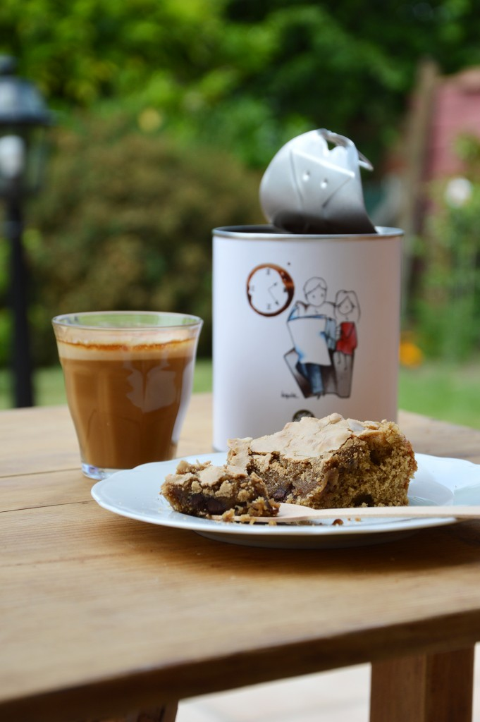 Tendre brownie choco - café - noix - Plus une miette dans l'assiette
