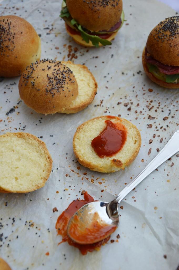 Mini burger - Ketchup - Plus une miette dans l'assiette