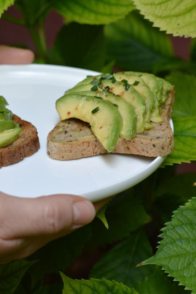 Gluten free brunch - Avocado toast - Plus une miette dans l'assiette