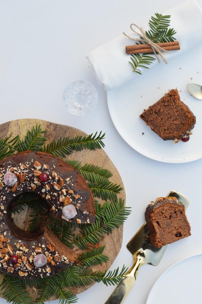 Bundt cake de noël au chocolat Plus une miette dans l'assiette