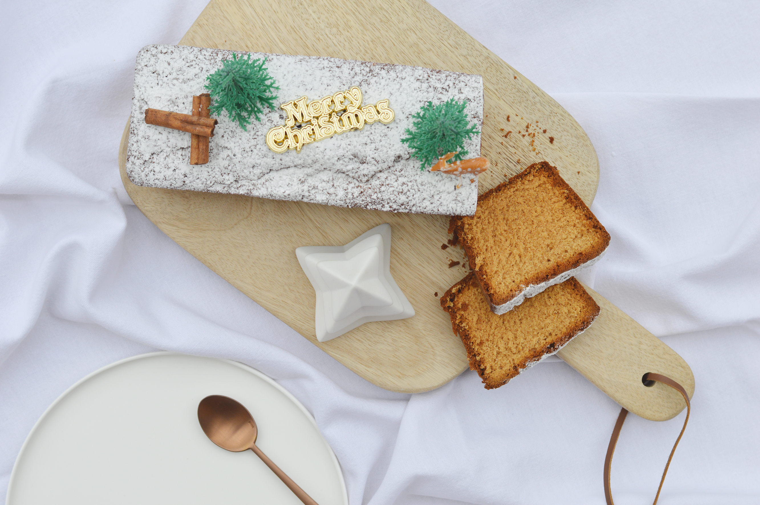 Pain d'épices et petit pull de Noël – Plus une miette dans ...