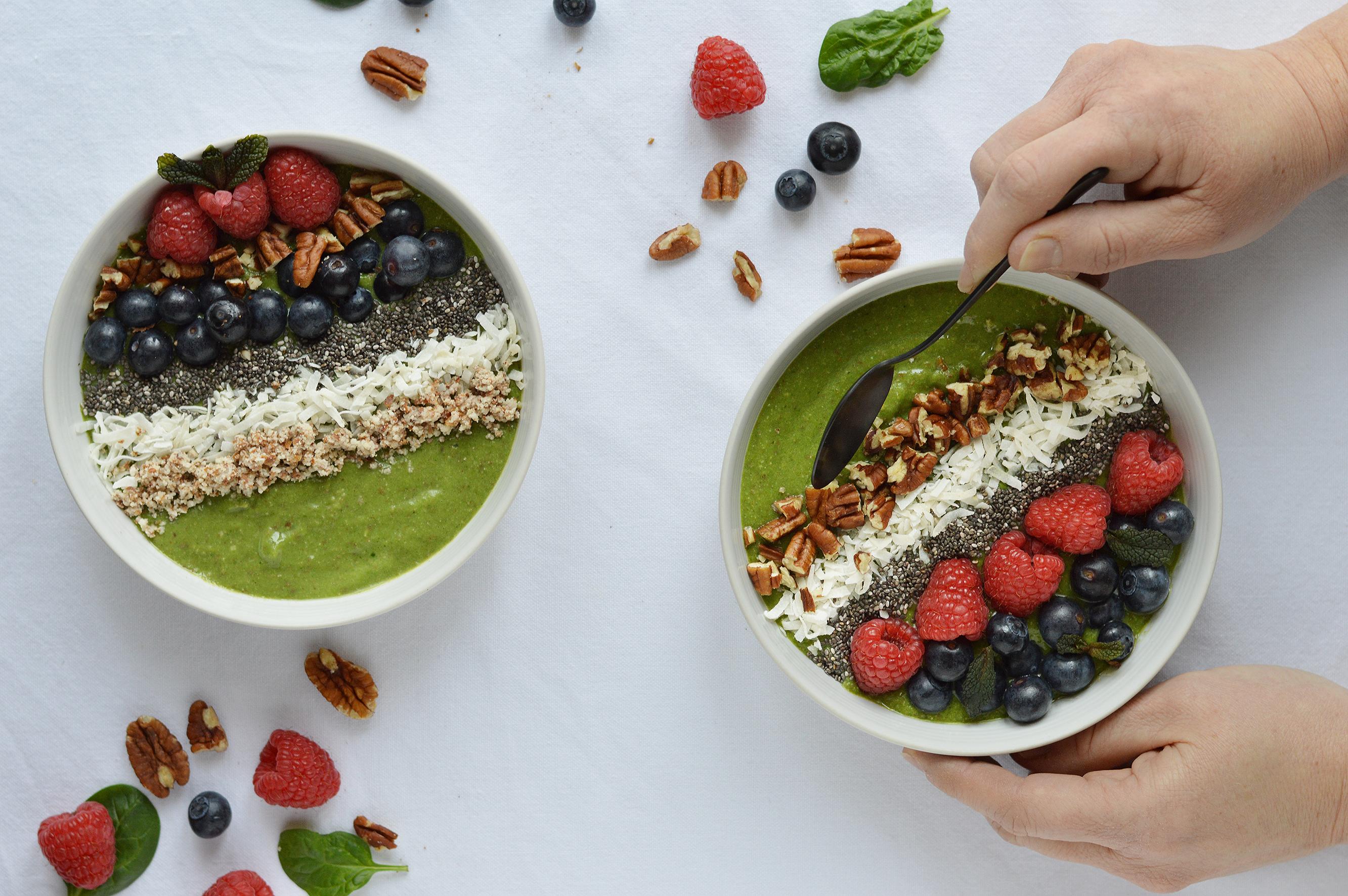 Green smoothie bowl / Plus une miette dans l'assiette