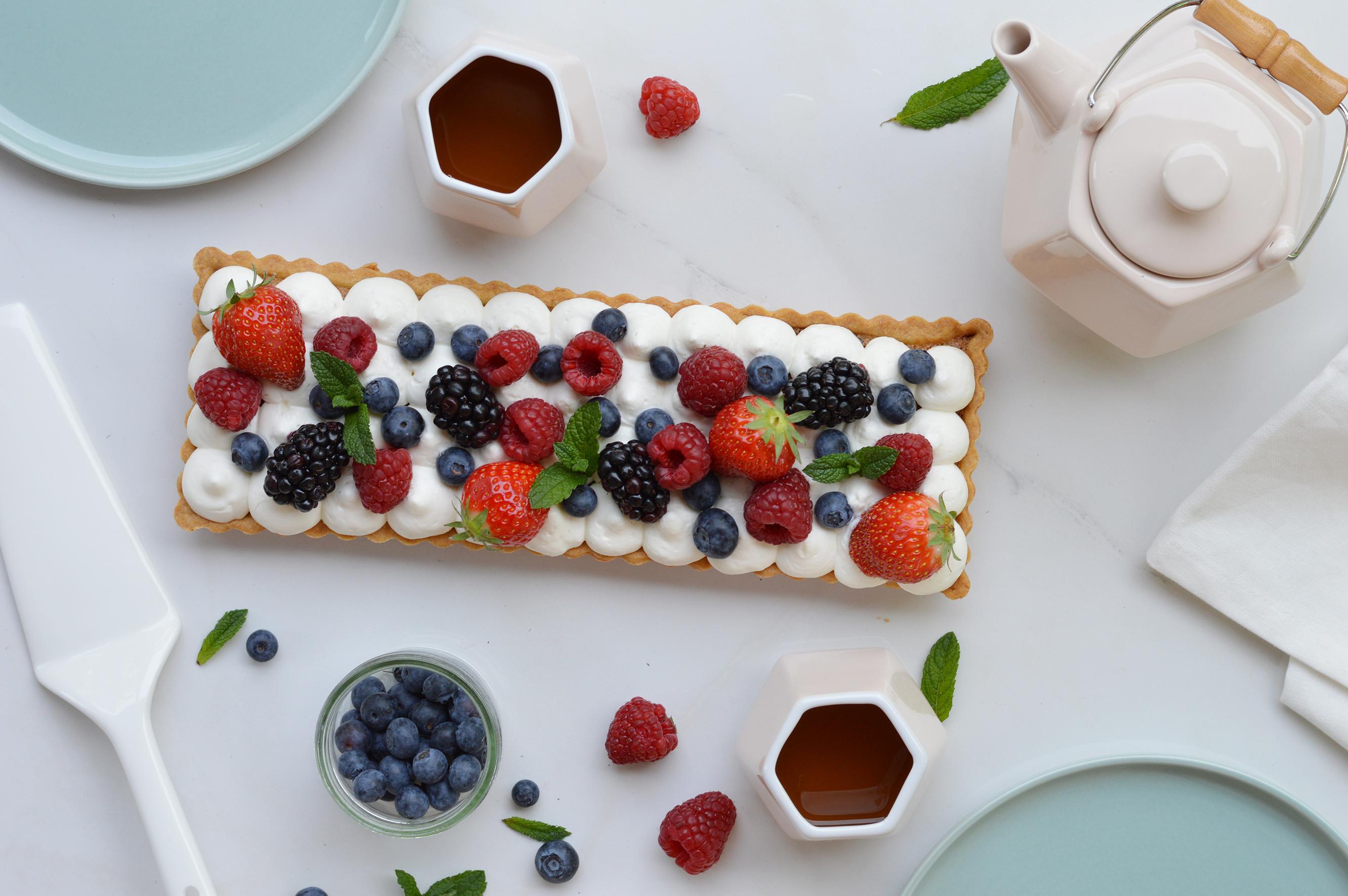 Tarte pistache fruits rouges - Plus une miette dans l'assiette