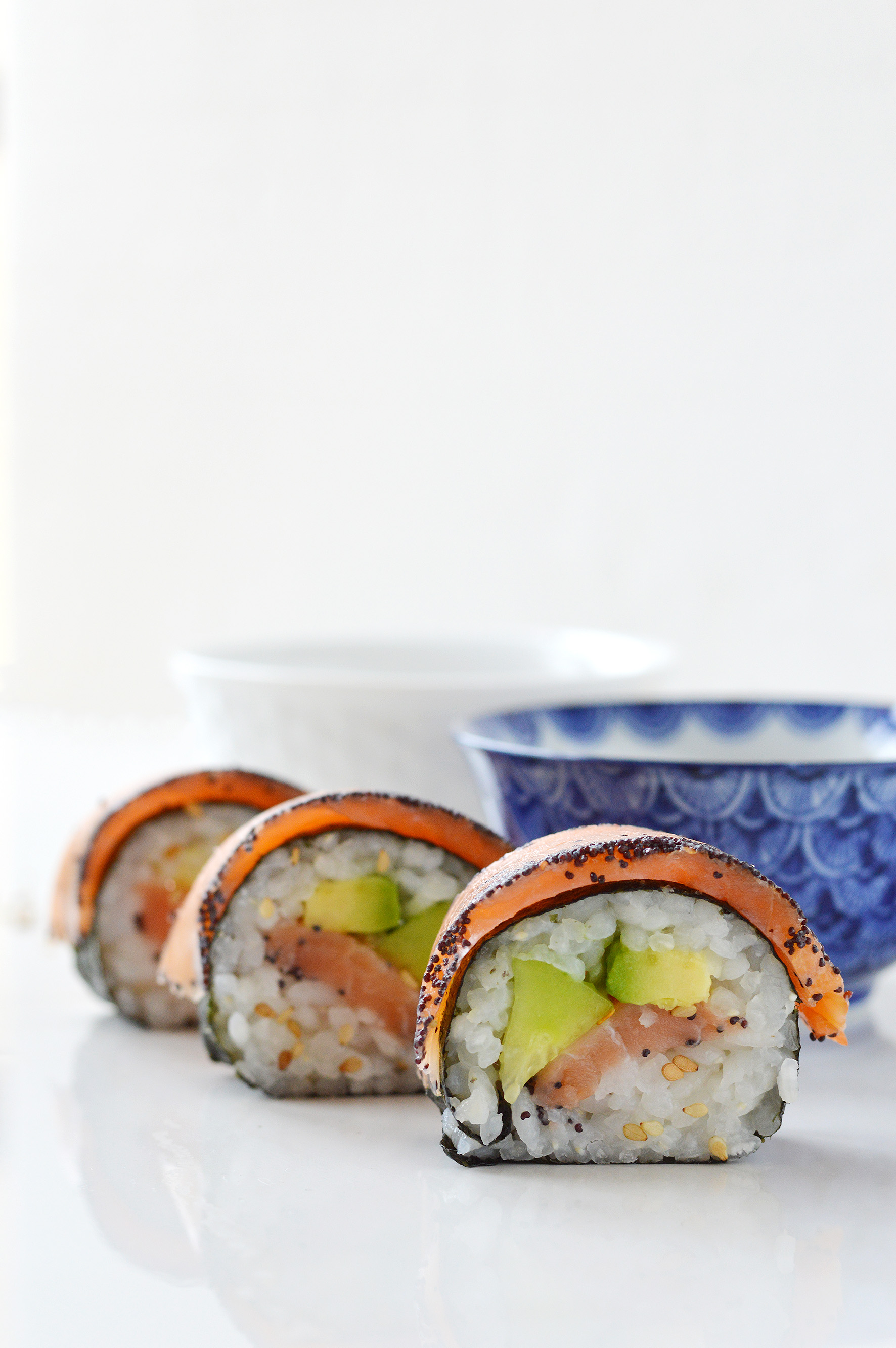 Makis saumon-avocat-concombre par Plus une miette dans l'assiette