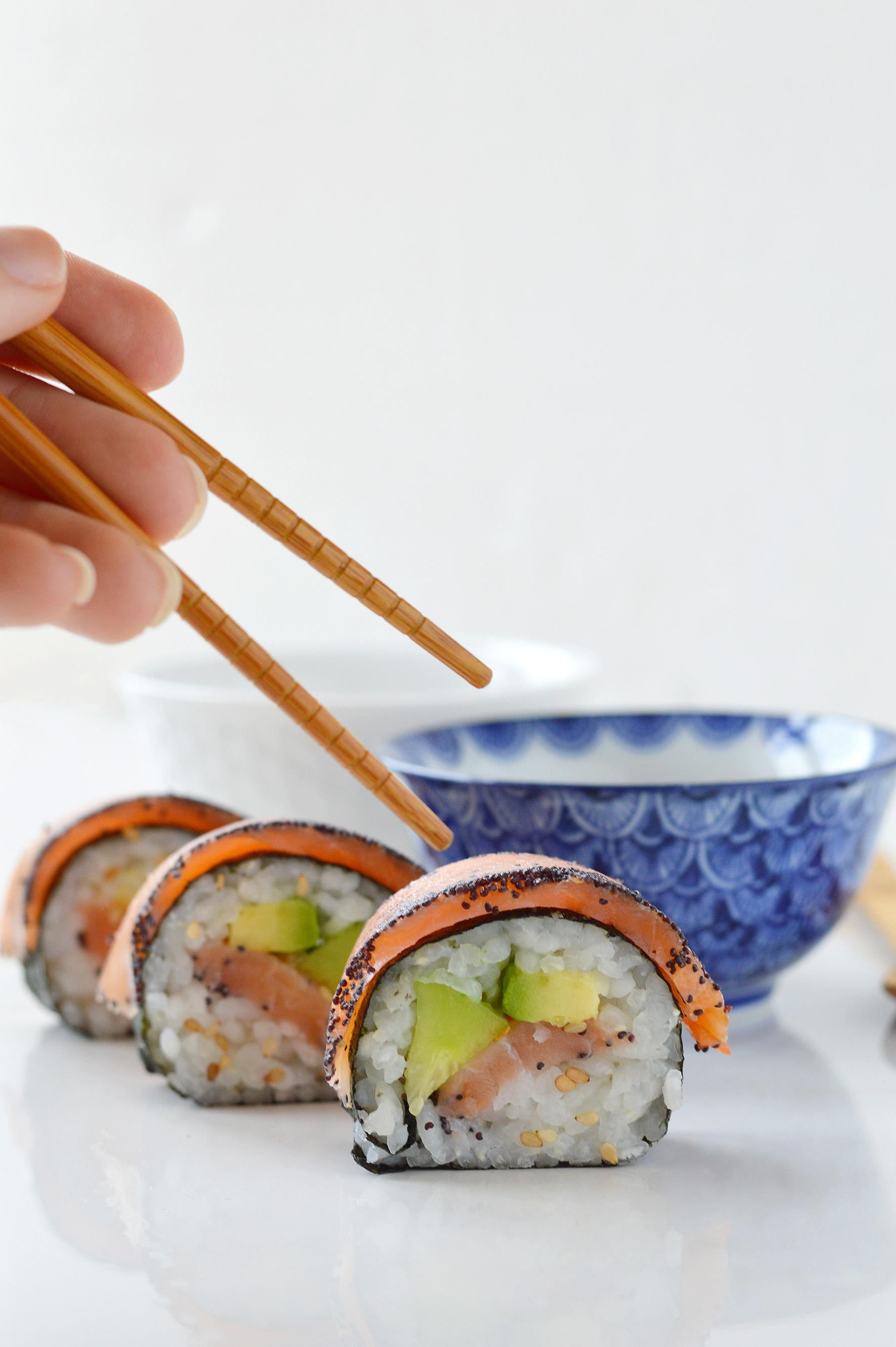 Makis saumon-avocat-concombre par Plus une miette